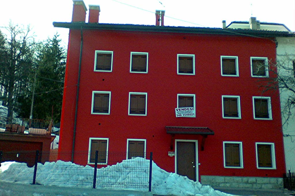 Facciata con neve appartamento-Fior-Kathy-Tonezza