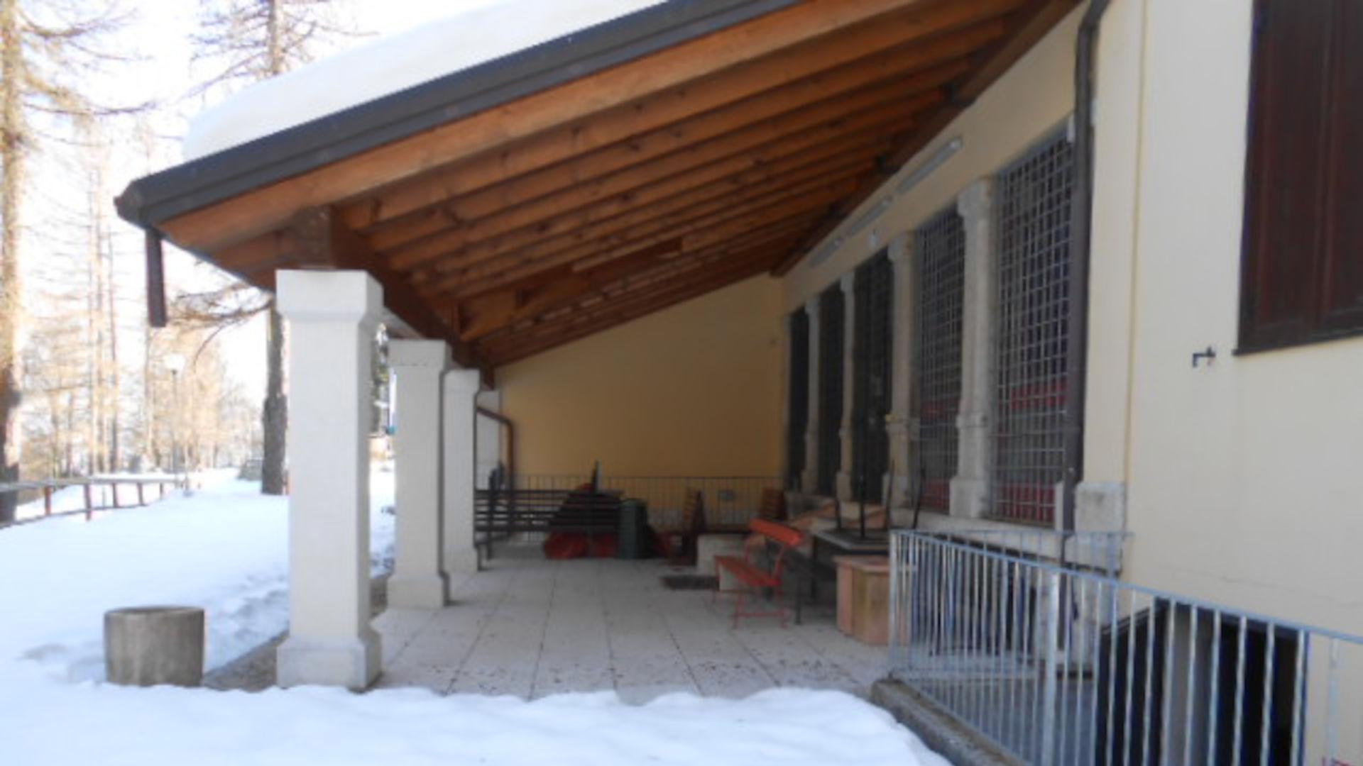 Portico Casa Sacro Cuore Tonezza